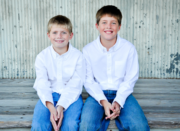 Brothers and Sisters Beaufort Photography Company Crystal Coast Lifestyle Portrait